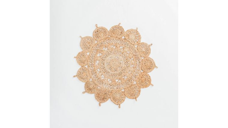 Picture of a 3' Round Flower Jute Rug #1