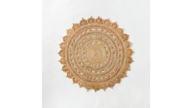 Picture of a 5' Round Flower Jute Rug