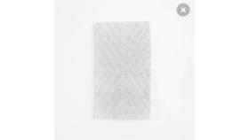 Image of a Light Gray X-Pattern Bath Mat