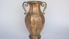 Image of a ANTIQUE POT WITH HANDLES