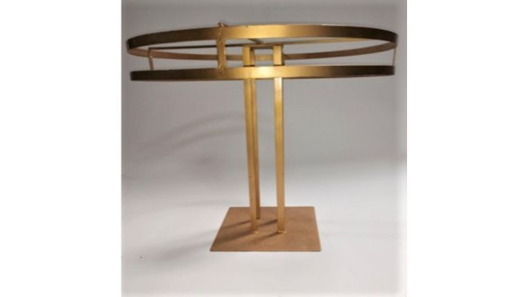 Picture of a CIRCULAR STAND -1 TIER METAL/GOLD