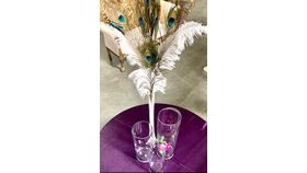Image of a 3 CYLINDERS/FEATHERS CENTERPIECES