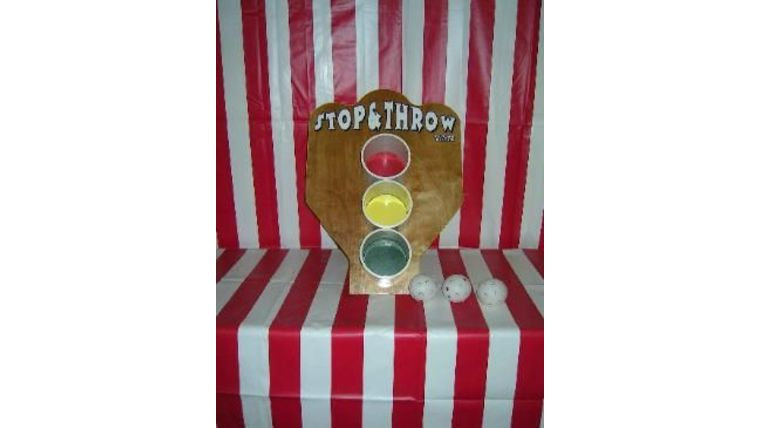 """Picture of a """"Stop & Throw"""" Bean Bag Toss"""