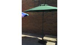 Image of a 9' Green Market Umbrella