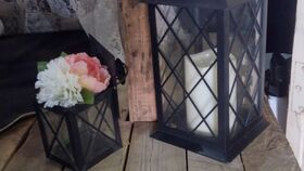 Image of a Lanterns - assorted