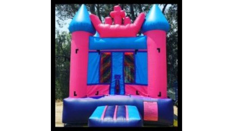Picture of a 11' x 11' Pink Princess Jumper Bounce