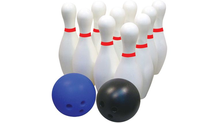 Picture of a Giant Bowling Lawn & Backyard Games