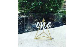 Image of a Easel - Gold Geo Table