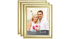 Image of a 8x10 Gold Frame (medium width frame)