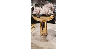 Image of a 24k floral vase