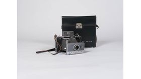 Image of a Ansel Polaroid Camera Set