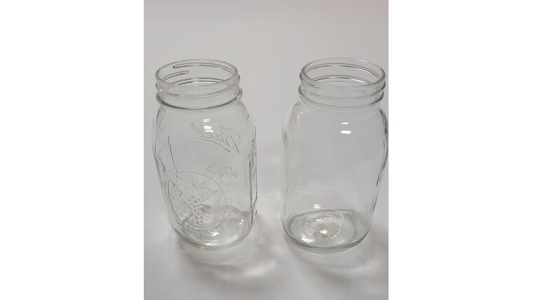 Picture of a Glass Mason Jars with Regular Mouth