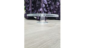 Image of a Clear cake stand