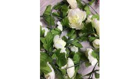 Image of a Ivory Rose Garland