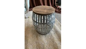 Image of a Barrel End Table