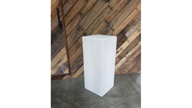 "Picture of a 30"" Deco Plinth - White"