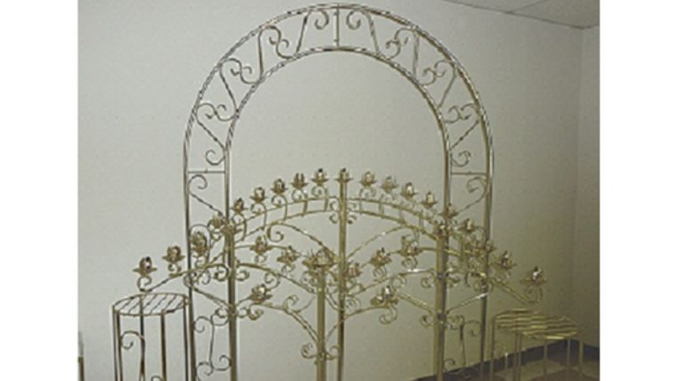 Picture of a Brass Arch