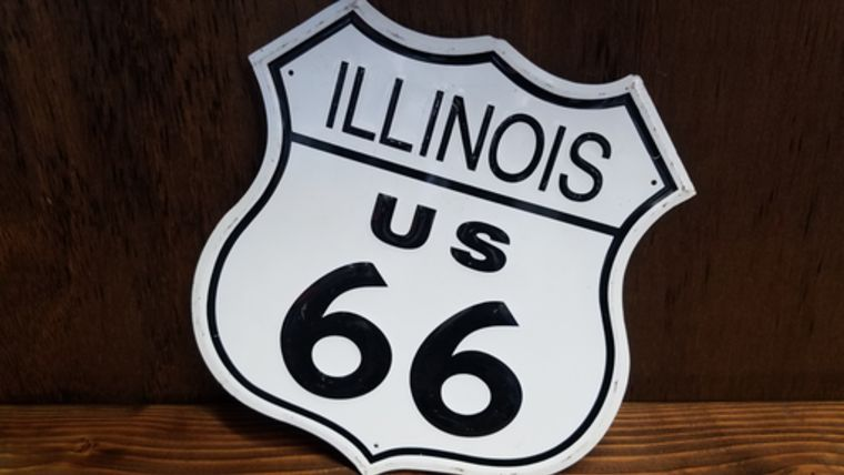 """Picture of a """"Illinois Route 66"""" Sign"""