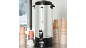 Image of a 100 cup coffee urn.