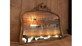 Image of a Mirrors gold medium