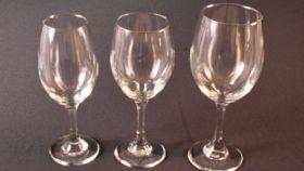 Image of a 13 oz Wine Glass