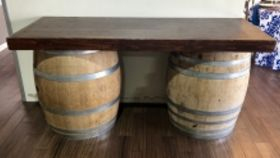 Image of a Vineyard 8' bar top