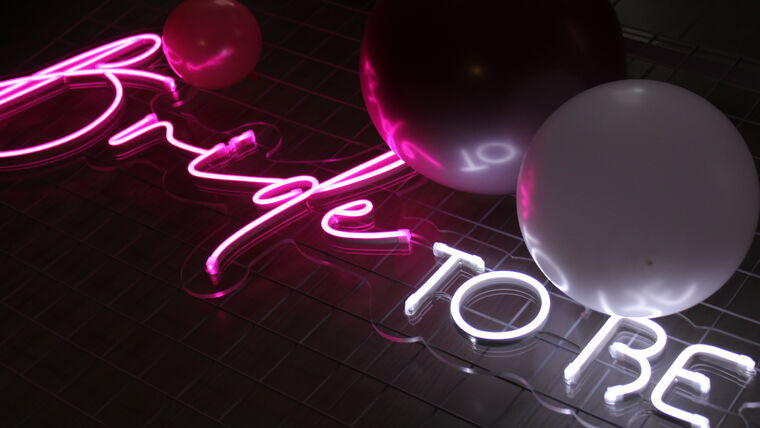 """Picture of a """"Bride To Be"""" Neon Sign"""