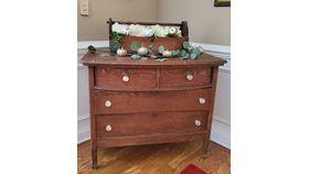 Image of a Dresser No. 1