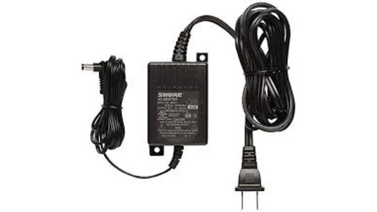 Picture of a Shure Wireless Microphone Power Adapter PS24 (LA)
