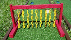 Image of a Mini Golf Chain Obstacle