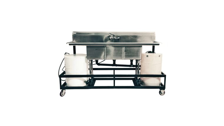 Picture of a 3 Compartment Sink With Cart