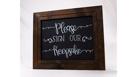 """Image of a """"Please Sign our Keepsake"""" Chalkboard Sign"""