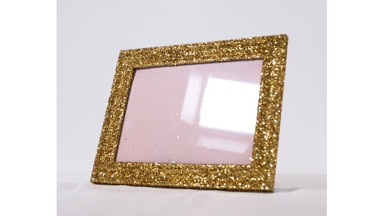 Picture of a Table Number Holder - 5x7 Gold Glitter Frame