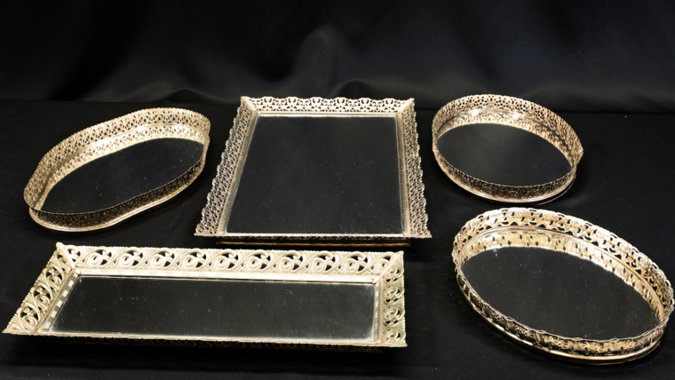 Picture of a Antique Gold Mirror Tray - Assorted Sizes