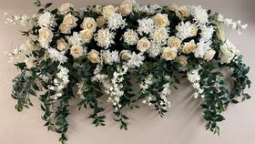 Image of a Arch Floral - 6'x3.5'