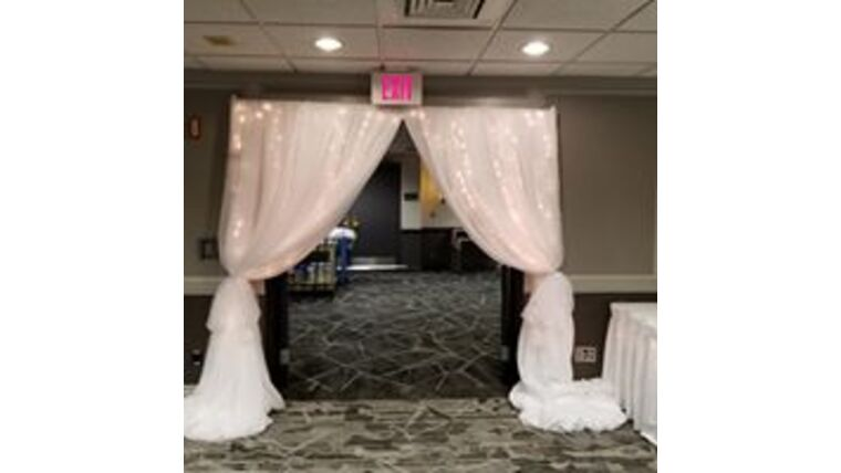 Picture of a Voile Arch