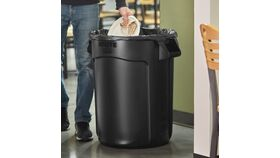 Image of a 35 Gallon Trash can