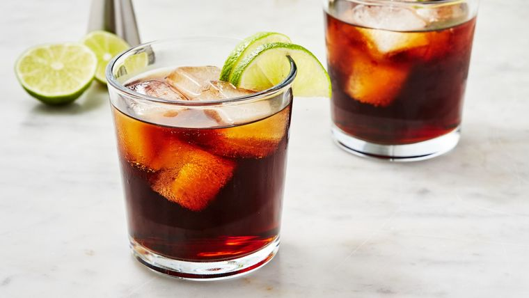 Picture of a Rum & Coke Cocktail