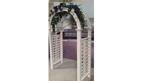 Image of a Arbor - Classic White