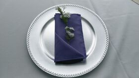 "Image of a Black 17"" Linen Napkins"