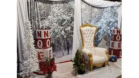 Image of a Christmas Soft Cloth 5'W x 8' Backdrop