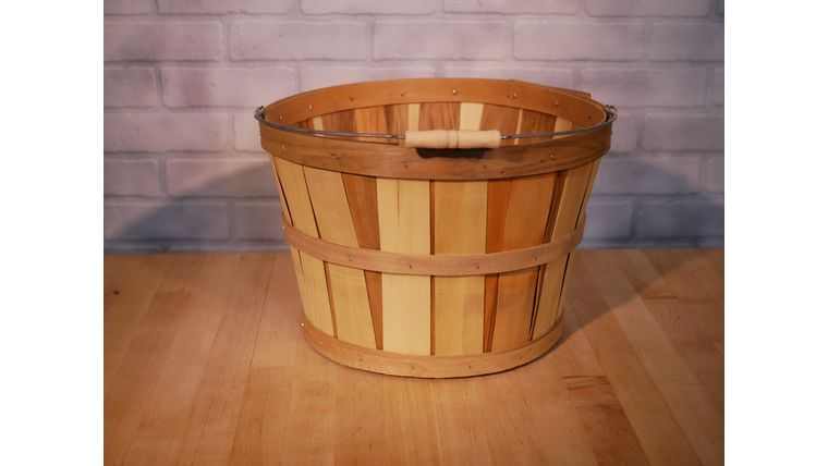 Picture of a Apple Basket