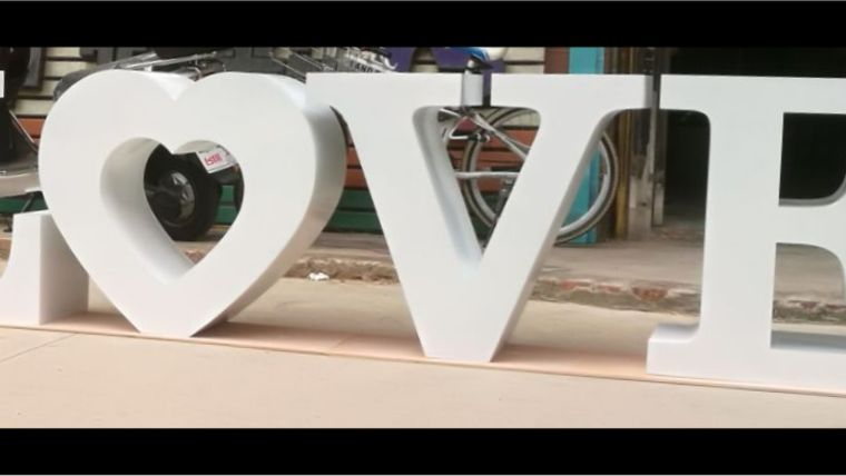 "Picture of a ""LOVE"" Letter Table"