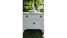 Image of a Wash stand/ cabinet/chest