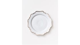 Image of a (Showroom) Anna's Antique Dinner Plate | Platinum