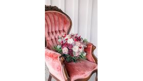 King Victorian Velvet Rose Chair image