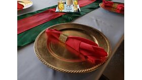 """Image of a Red 17"""" Linen Napkins"""