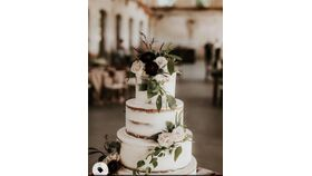 Image of a Cake & Table Setup for 80