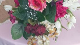 Image of a Bouquet w/Wine/Ivory/Baby's Breath/Light Pink w/Gold