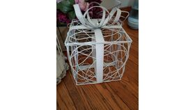 Image of a White Wire Card Basket